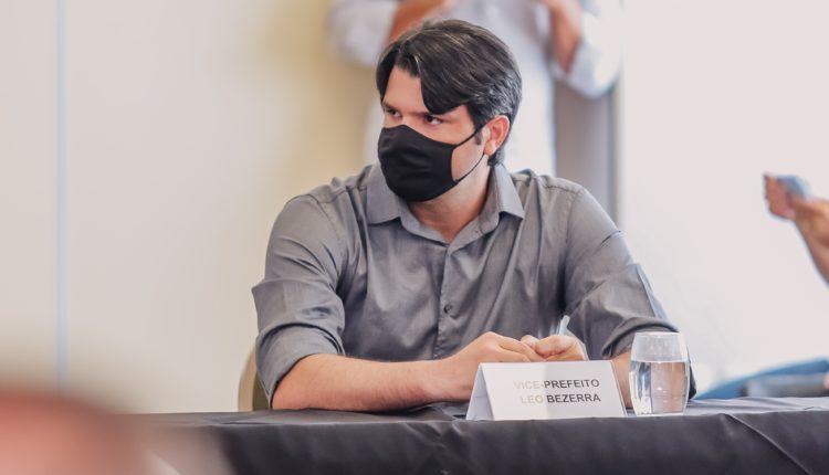 """Vice-prefeito Leo Bezerra ressalta parceira entre PMJP e governo da PB: """"Uma construção onde nada é imposto, estamos no caminho certo"""""""
