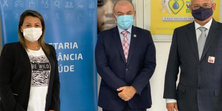 Em visita ao Ministério da Saúde dra. Jane Panta consegue mais 40 mil testes para a Covid-19