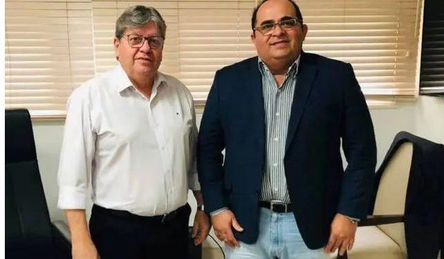 Ex-prefeito de Rio Tinto, Fernando Naia é nomeado para gestão estadual