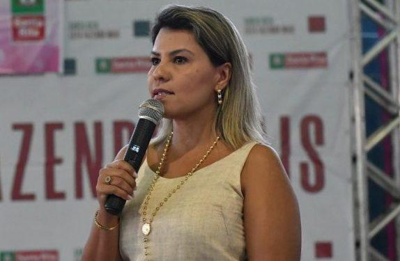 """Deputada dra. Jane pede que representantes municipais possam, assim como em Santa Rita, fazer busca ativa de quem ainda não se vacinou: """"O alvo agora é toda a população"""""""